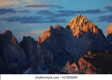 Sunset colours over Odle Group Mountains, Dolomites, Italy, Europe