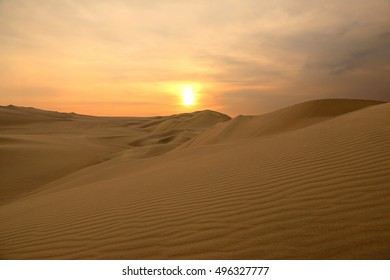 Sunset in the desert, Huacachina, Peru