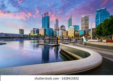 Sunset at Elizabeth Quay in the Perth CBD. PERTH, WESTERN AUSTRALIA, AUSTRALIA. Photo: June, 2019.
