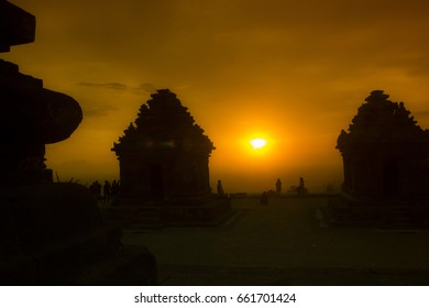 Sunset in Ijo Tample