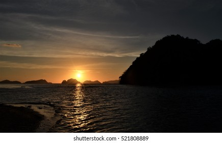 Sunset in the island of Las Cardenas in El Nido, Palawan, Philippines