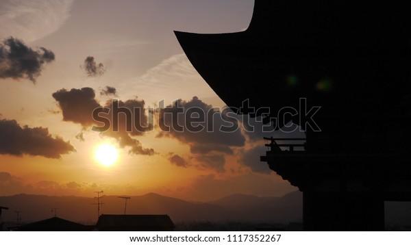 Sunset at Kiyomizudera temple
