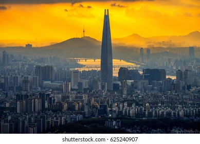 Sunset at Lotte world tower in seoul,south korea.