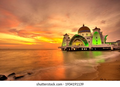 Sunset at Malacca Straits Mosque with slow shutter speed in Malacca Malaysia : 12242021