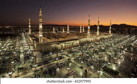Sunset at Masjid an-Nabawi