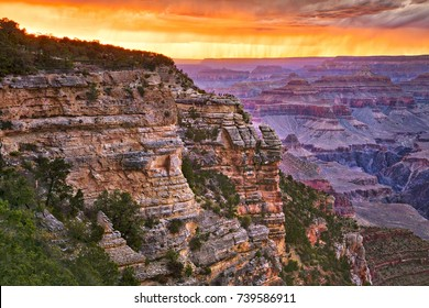Sunset at Mather Point, Grand Canyon National Park.