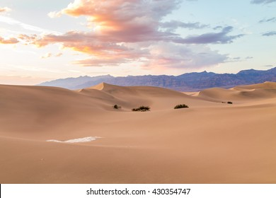 Sunset at Mesquite Flat Sand Dunes in Death Valley National Park, California, USA