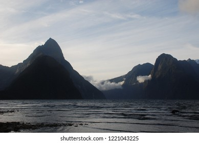 (Sunset Mitre Peak) Pio Pio Tahi, Milford Sound, Fiordland National Park, New Zealand