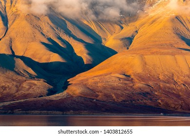 Sunset of the mountains opposite of Longyearbyen mountains, Spitsbergen Longyearbyen Svalbard Wallpaper norway landscape nature