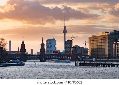 Sunset at the Oberbaum bridge in Berlin, Germany