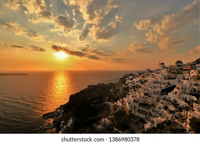 Sunset in Oia, Santorini from the Castle of Oia