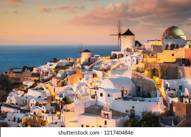 Sunset in Oia in Santorini, Greece