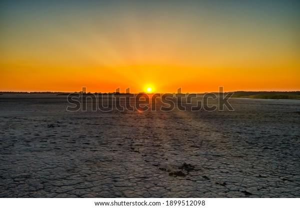 sunset-on-background-saline-lake-600w-18