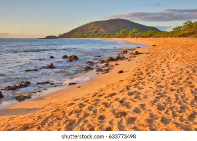 Sunset on Big Beach in Makena State Park in Maui Hawaii