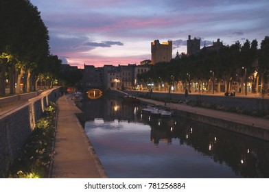 Sunset over the canal through Narbonne