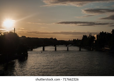 Sunset over the Eiffel tower in Paris