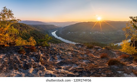 Sunset over the Elbe Canyon