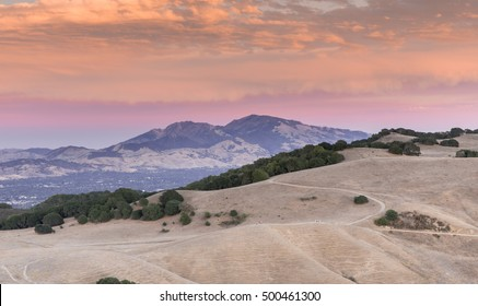 Sunset over Mount Diablo during the worst droughts of California in summer 2015. Mount Diablo State Park, Contra Costa County, California, USA.