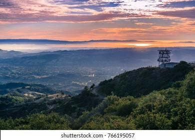 Sunset over San Francisco bay as seen from Mt Diablo summit, Mt Diablo State Park, Contra Costa county, San Francisco bay area, California
