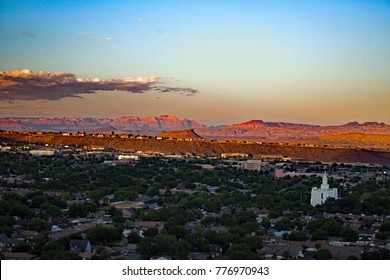 Sunset Overlook at Saint George / Utah