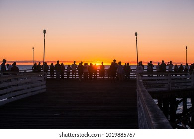 sunset at pacific beach pier in san diego