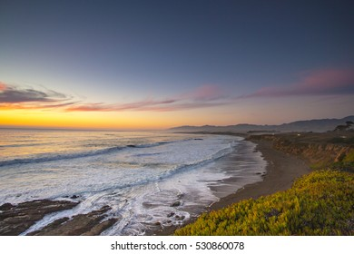 Sunset in Pacific Ocean, HWY1, California, USA.