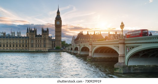 sunset at Palace of Westminster