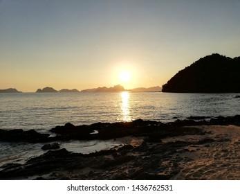 sunset at papaya beach el nido Philipines
