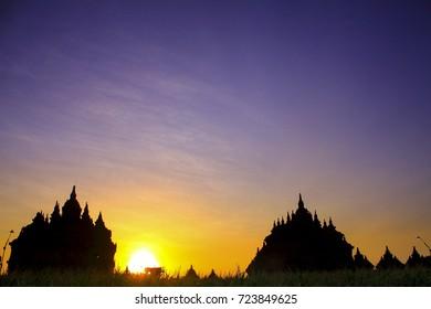 Sunset in Plaosan Temple, Klaten, Central Java / Matahari terbenam di Candi Plaosan