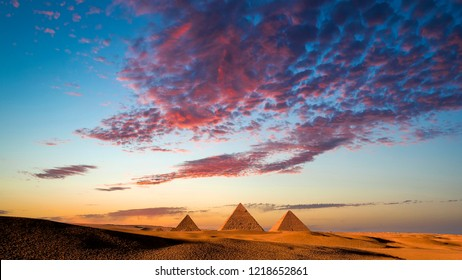 Sunset at the Pyramids, Giza, Cairo, Egypt.jpg