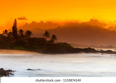 Sunset at Rocky Point on the North Shore on Oahu, Hawaii, USA