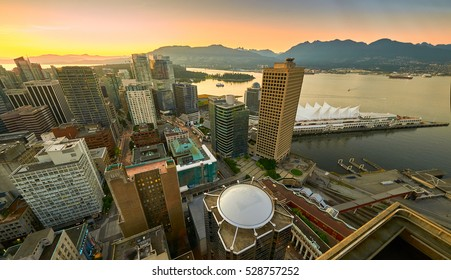 Sunset seen from the Vancouver lookout tower, British Columbia, Canada.