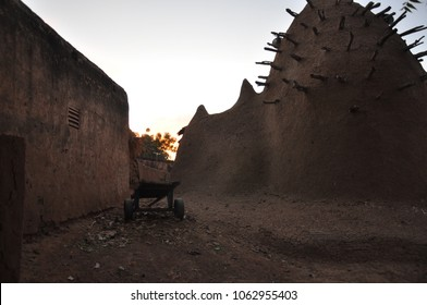 Sunset in Sokoro dogon village