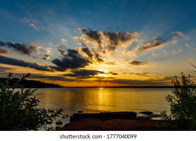 Sunset at the south dam area of Thunderbird lake.