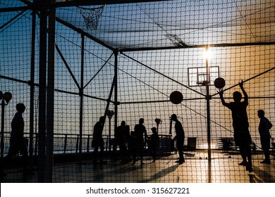 Sunset sport basket