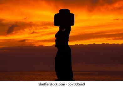 Sunset in Tahai, Easter island, Chile