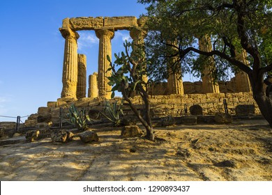 Sunset at Temple of Juno (Giunone) or the Temple of Hera at Valle dei Templi (Valley of the Temples), Agrigento, Sicily, Italy