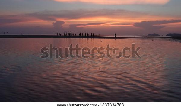 sunset-thai-beach-low-tide-600w-18378347