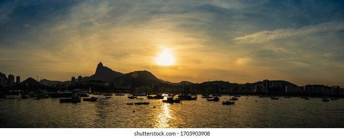 Sunset in Urca district, view to Corcovado Mountain, Rio de Janeiro, Brazil (Mureta da Urca)