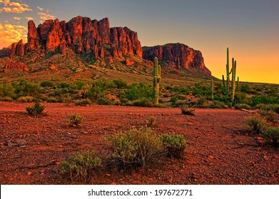 Sunset view of the desert and mountains near Phoenix, Arizona, USA