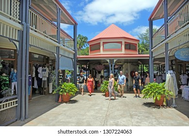 SUNSHINE COAST- JAN 27 2019:Visitors look at shops in Montville town, a popular tourist destination in the Sunshine Coast hinterland, on the Blackall Range in Queensland, Australia