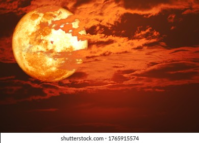 super blood snow moon back on silhouette cloud on sunset sky, Elements of this image furnished by NASA, Elements of this image furnished by NASA