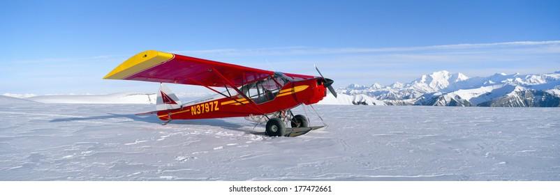 Super Cub Piper bush airplane, Wrangell-St. Elias National Park, Alaska