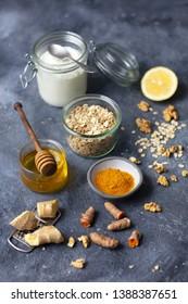 Super foods: oats, honey, ginger, turmeric and yogurt