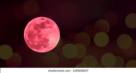 The super full blood wolf moon, January 20th 2019-Shot in Kentucky. Red with round golden bokeh Nature photography