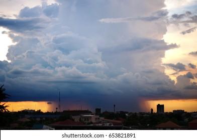 super tornado in city