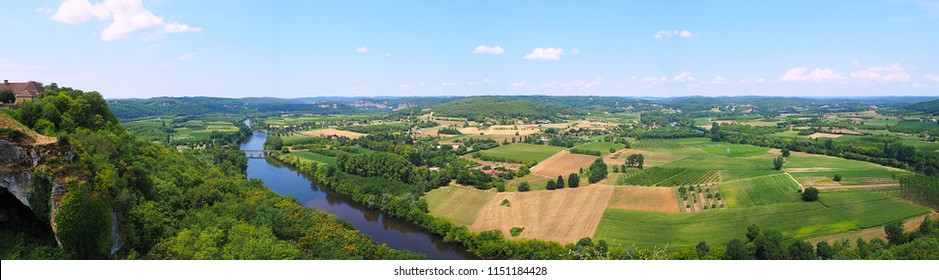 superb panoramic view of the Vézère valley from the village of Domme in New Aquitaine in France