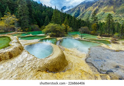 Superb pools in Huanglong National Park near Jiuzhaijou - SiChuan, China