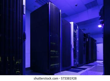 supercomputer clusters in room of modren data center