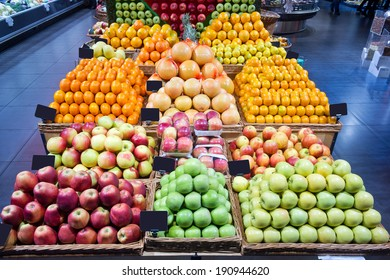 supermarket fruit section
